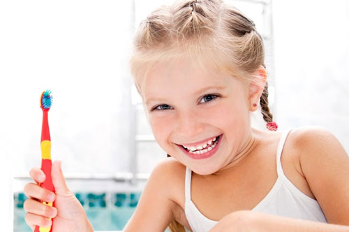 Keep Your Kids Smiling Before And After 'Baby' Teeth [video]