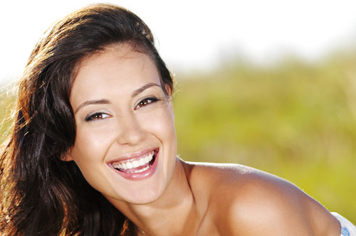 Turn That Frown Into A Celebrity Smile With Veneers